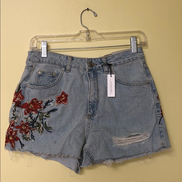 468f4f1c1d Topshop Shorts | Nwt Floral Embroidered Mom Jean | Poshmark